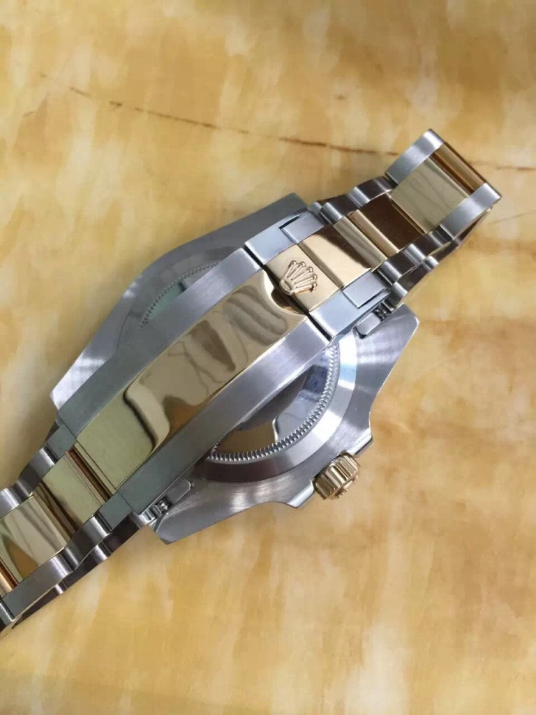 Rolex 116613 LN Buckle