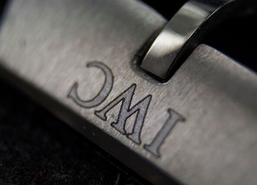 IW326501 Buckle Engraving
