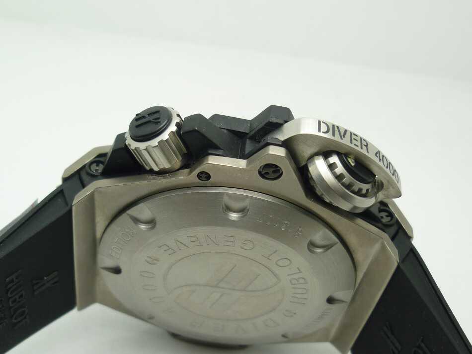 Hublot Diver 4000M Crown
