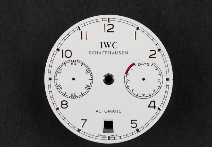 IW500704 Dial