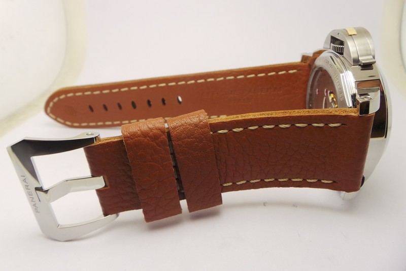 PAM 563 Brown Leather Strap