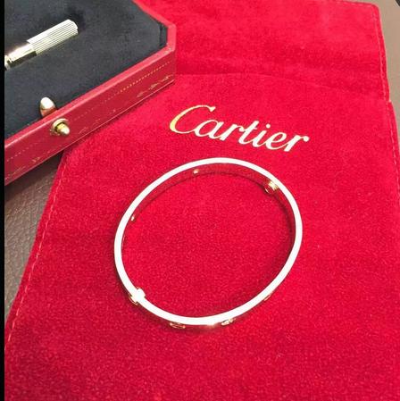 Cartier Gold Bracelet2