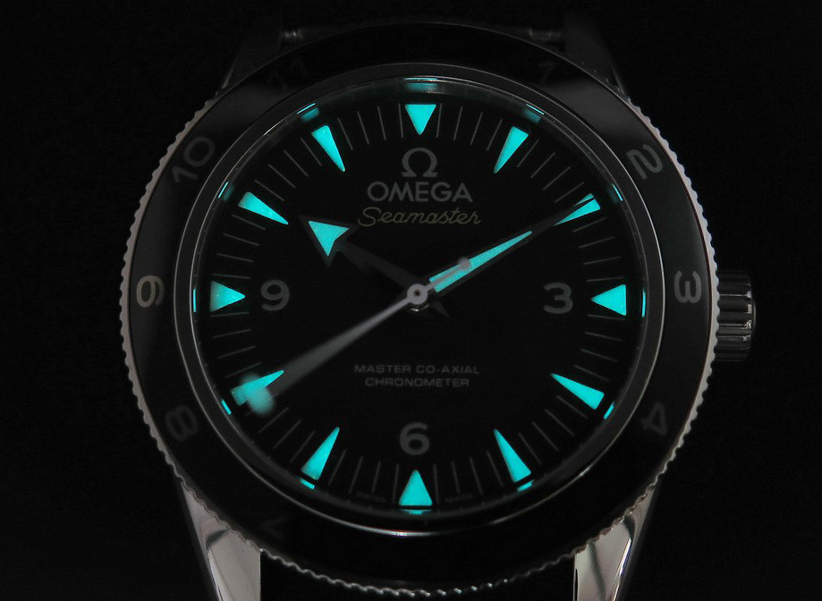 Omega Spectre Dial Lume