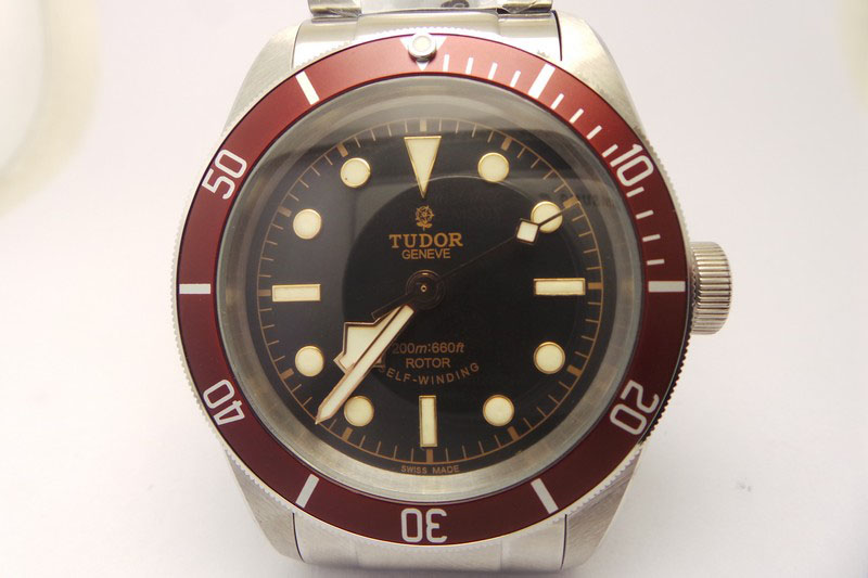 Replica Tudor Heritage Black Bay Watch