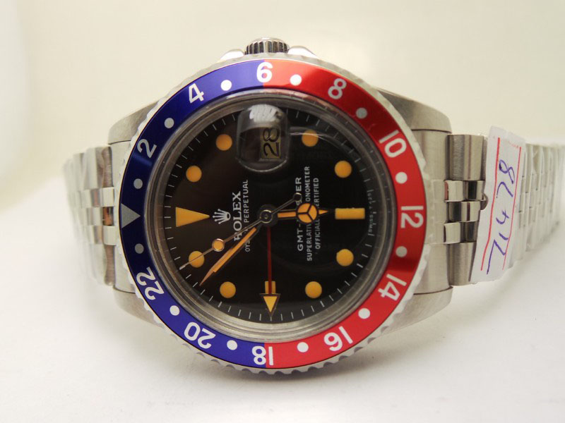 Rolex GMT Master Blue Red Bezel
