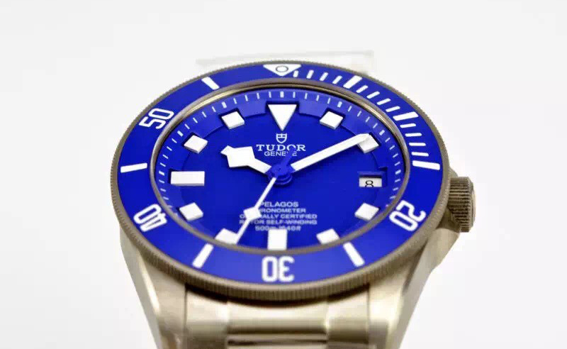 Blue Ceramic Bezel