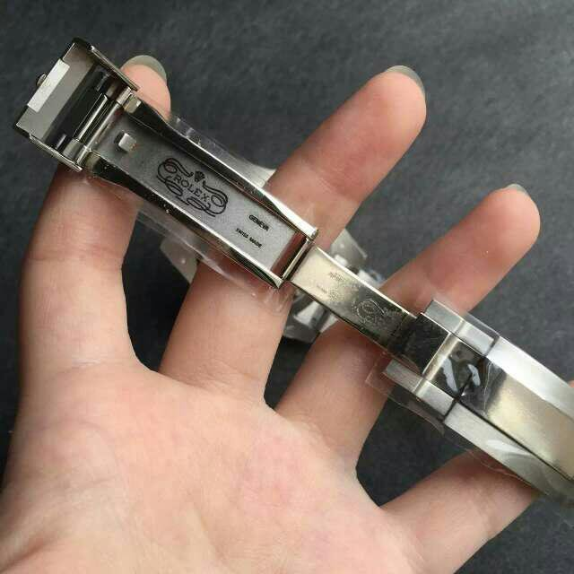 Perfect Rolex Engraving on Clasp