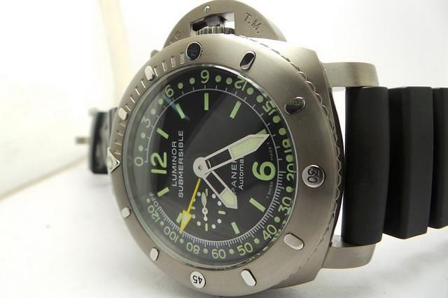 Panerai Luminor Submersible PAM 193 Replica