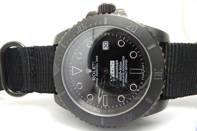 Rolex Submariner Maxi Dial