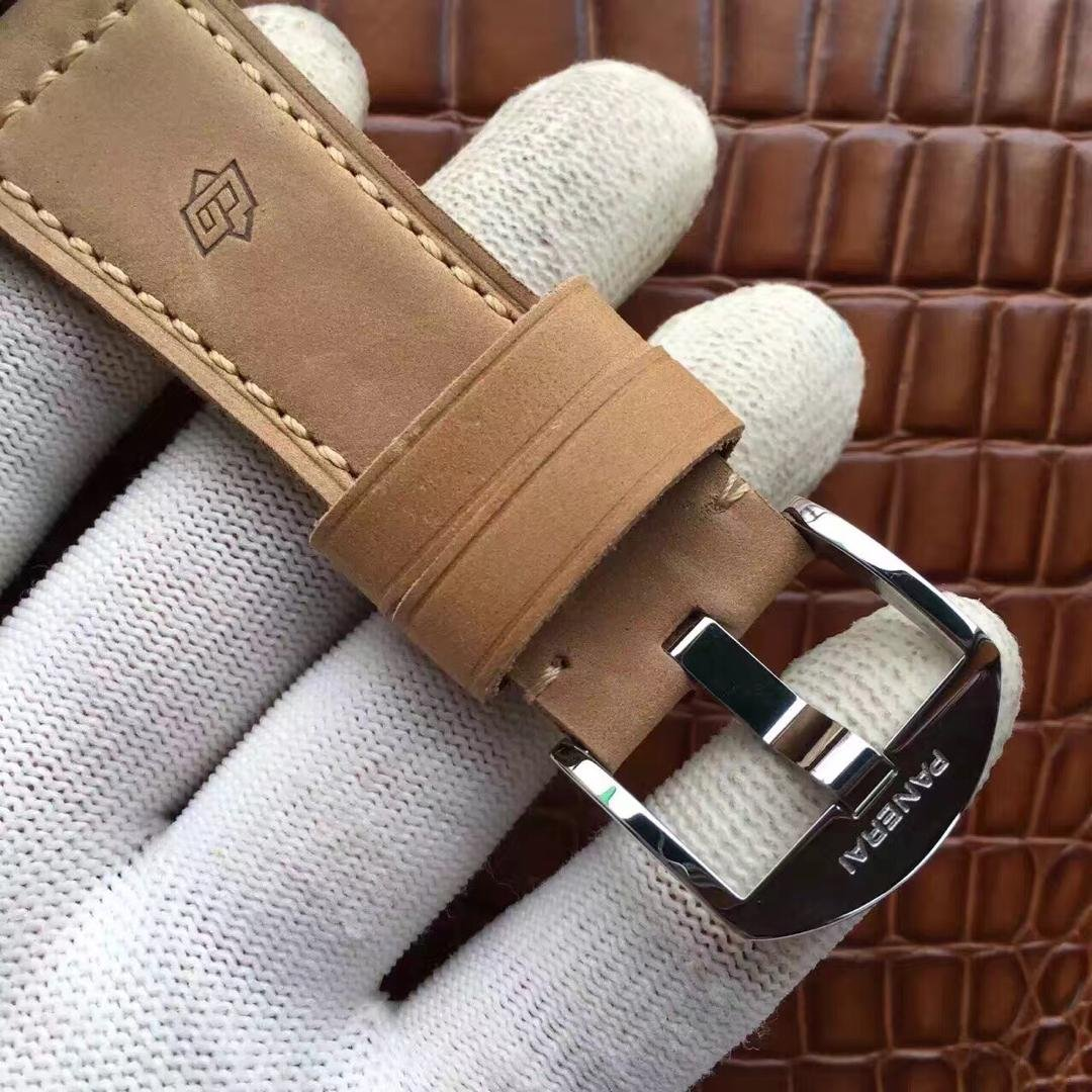 PAM 690 Leather Strap