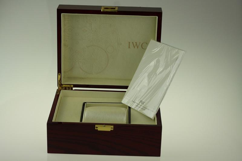 IWC Box Opening