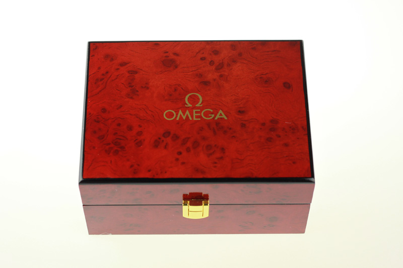 Omega Box Front
