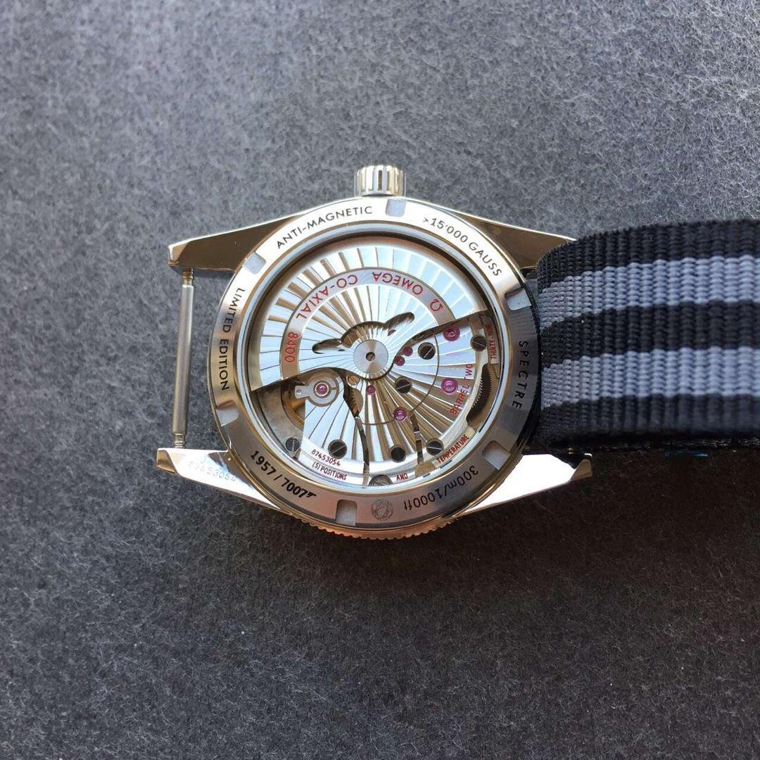 Omega 007 Clone 8400 Movement