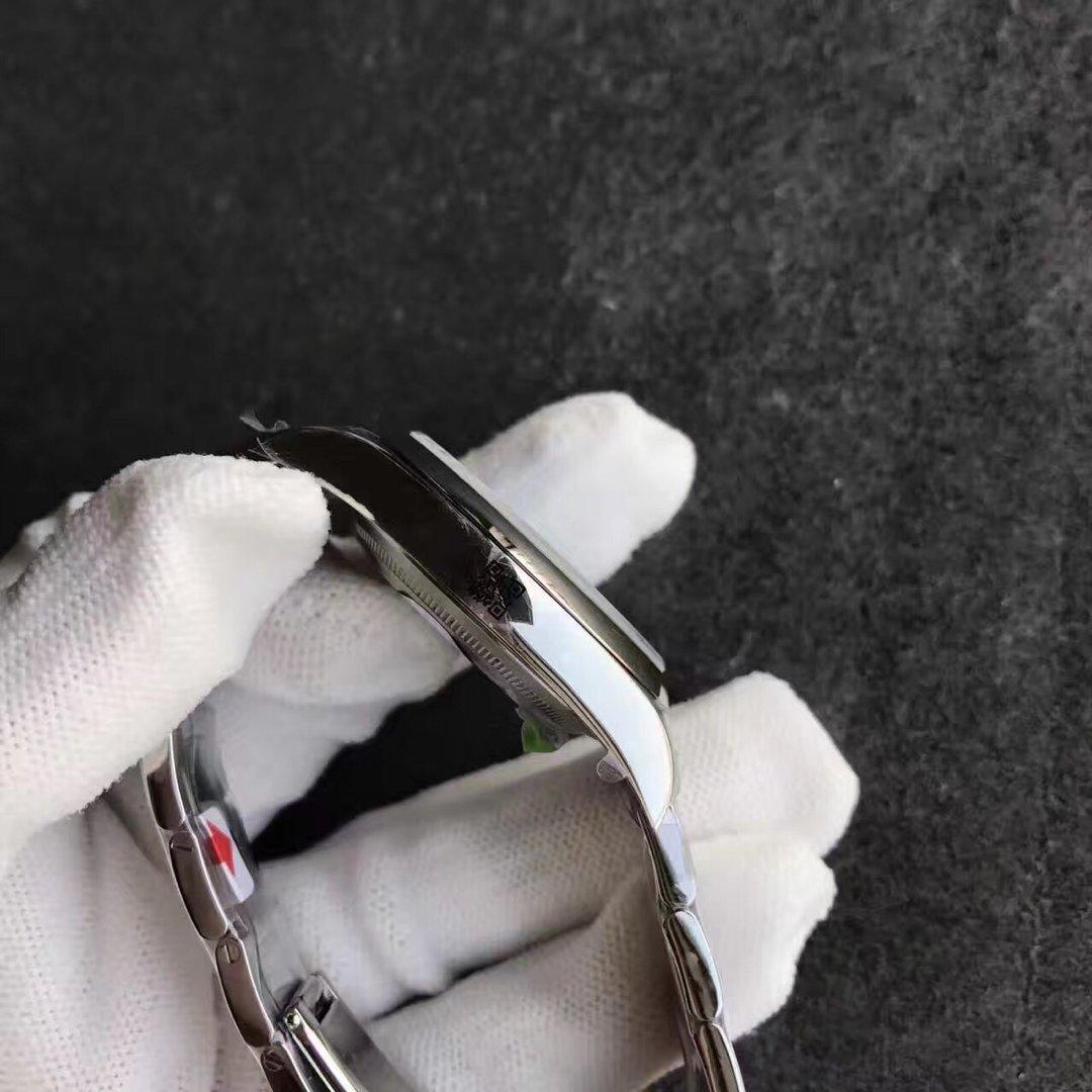 Replica Rolex Oyster Perpetual 114300 Case
