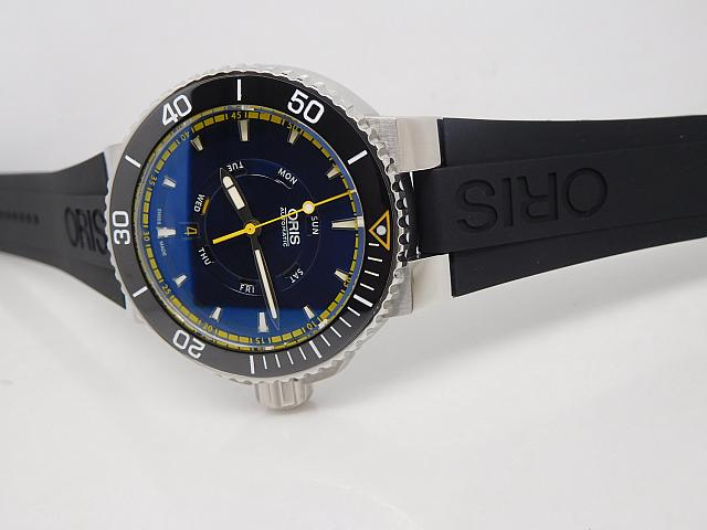Oris Aquis Great Barrier Reef Rubber