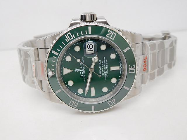 Noob V8 Rolex Submariner 116610LV Green Dial