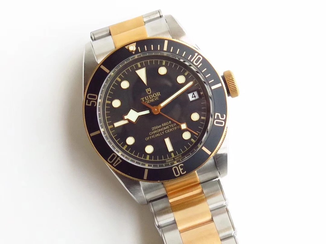 Replica Tudor Black Bay Two Tone