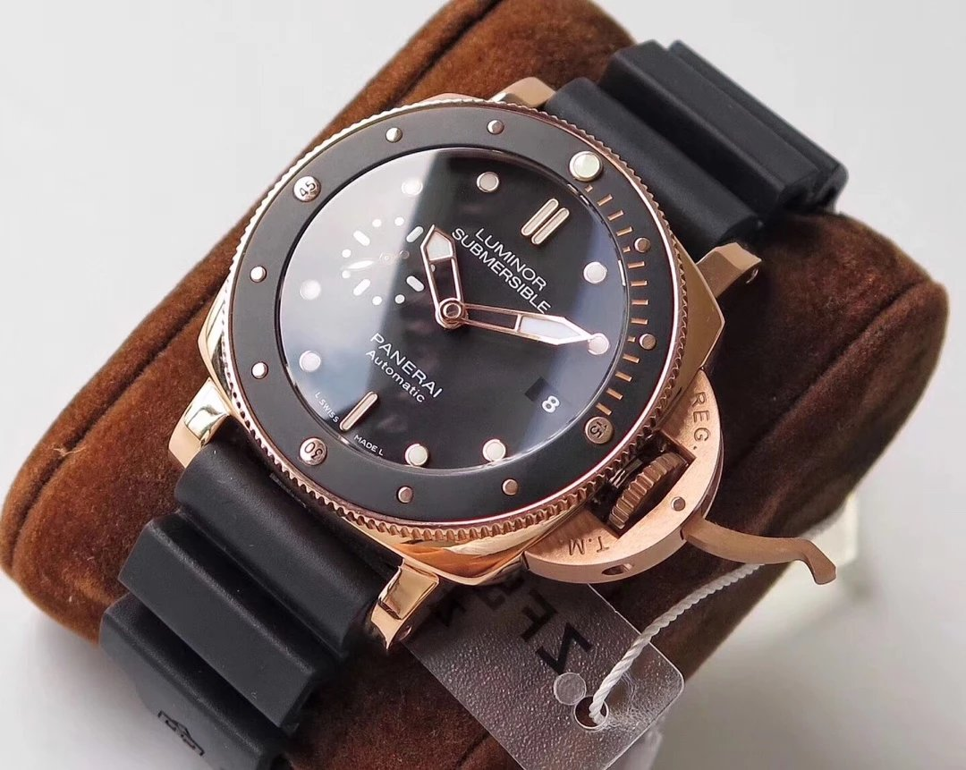 Replica Panerai PAM 684 Rose Gold Case