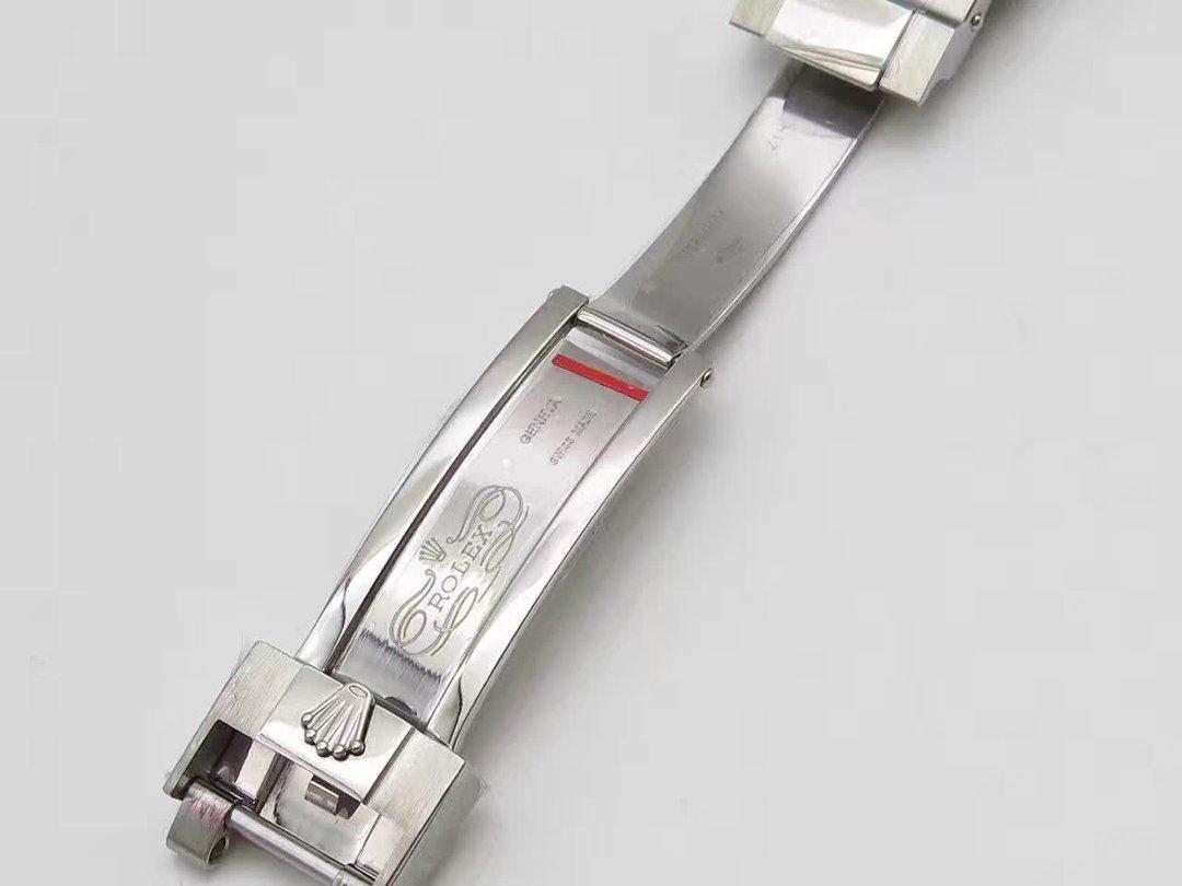 Replica Rolex 116710 BLNR Clasp
