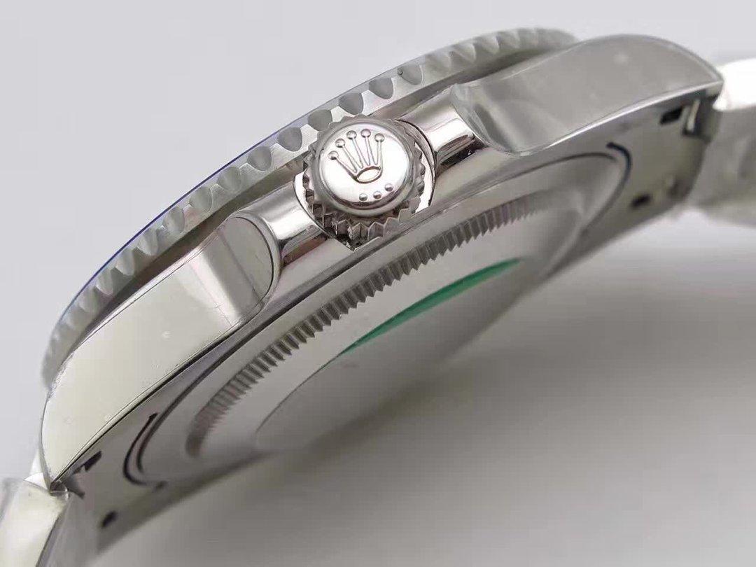 Replica Rolex GMT Master II 116710 BLNR Crown