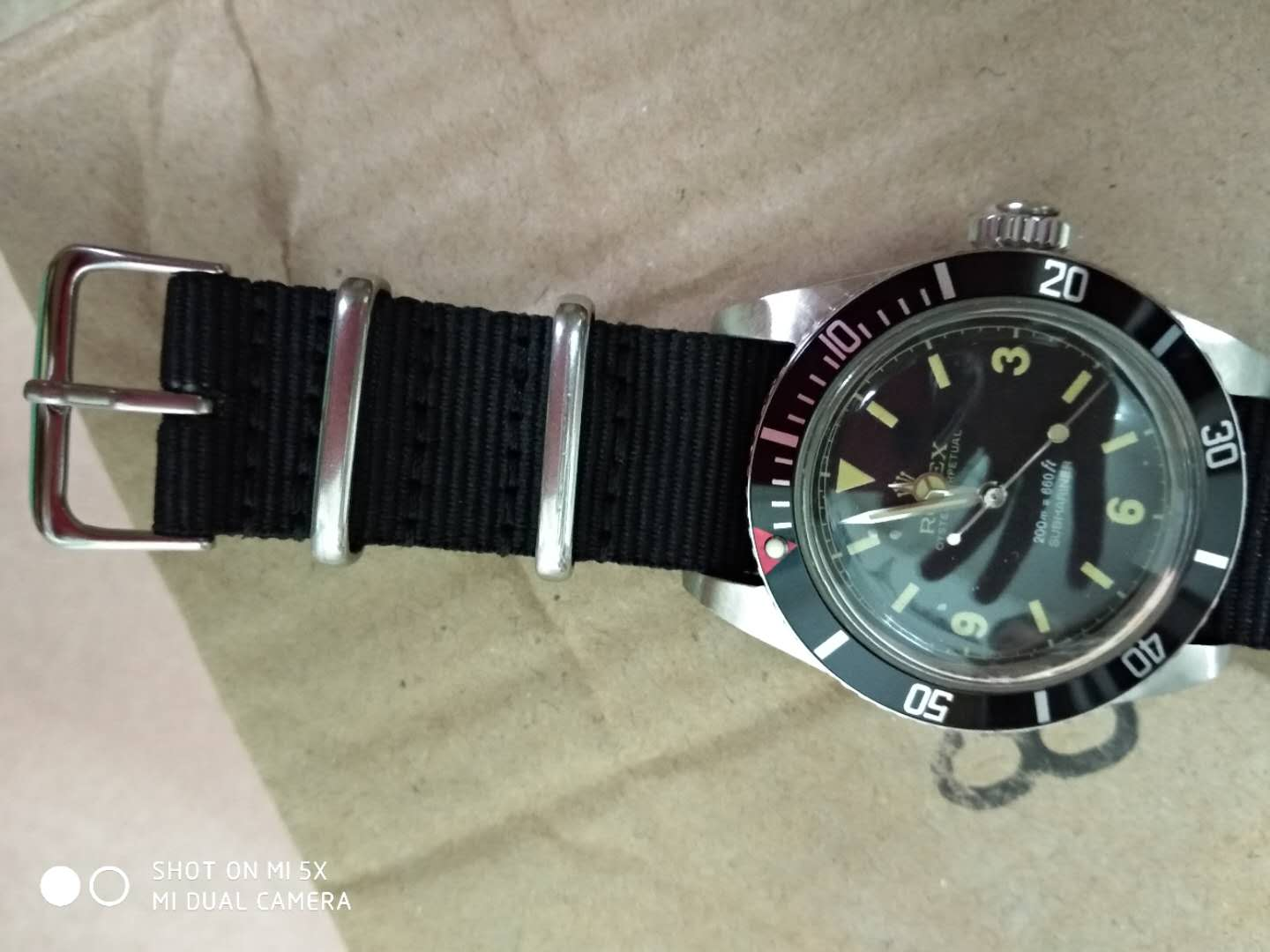 Red Dot Bezel of Vintage Submariner 6538