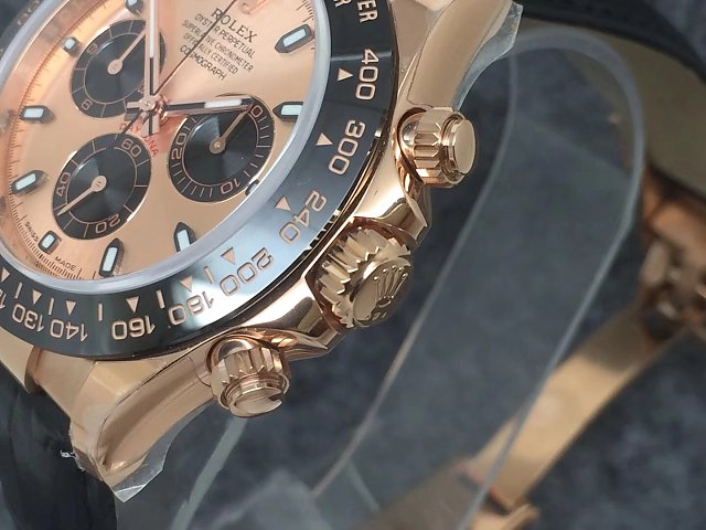 Noob Replica Rolex Daytona Rose Gold Case
