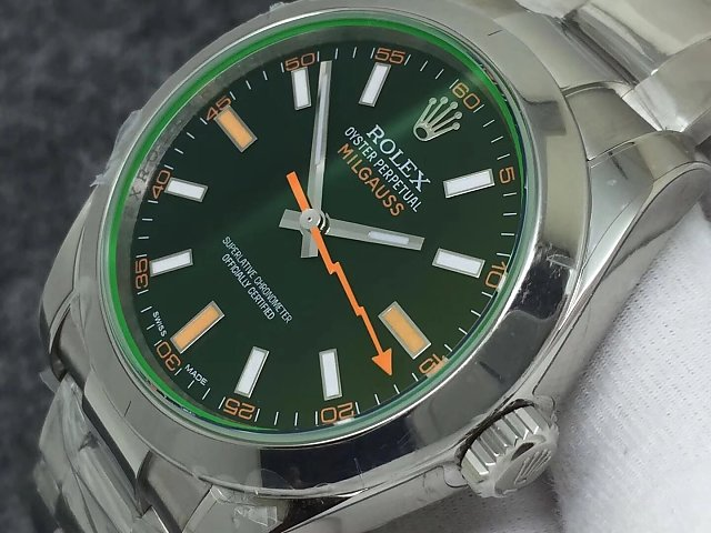 Rolex 116400GV Crown