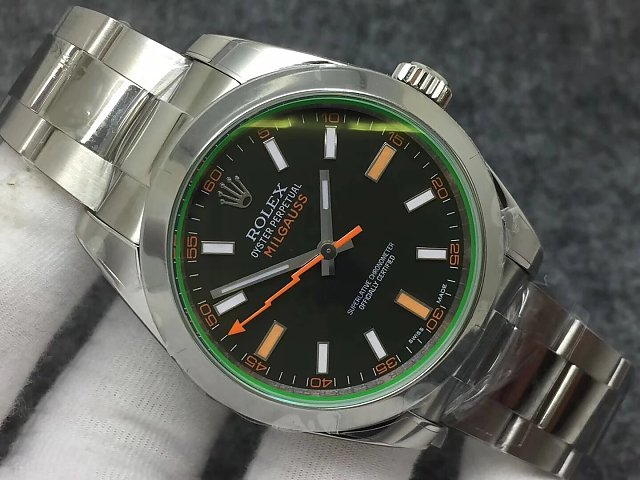 Rolex Milgauss 116400GV Green Crystal
