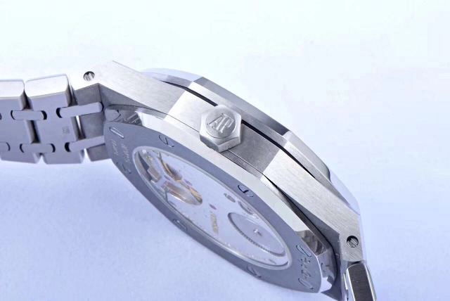 Replica Audemars Piguet Royal Oak Steel Case