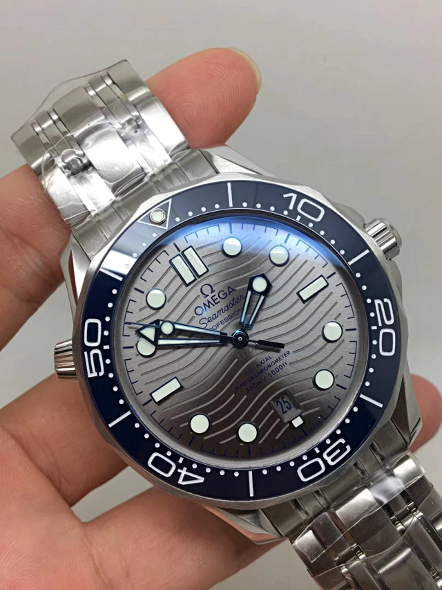 Replica Omega Seamaster 300m Diver Stainless Steel