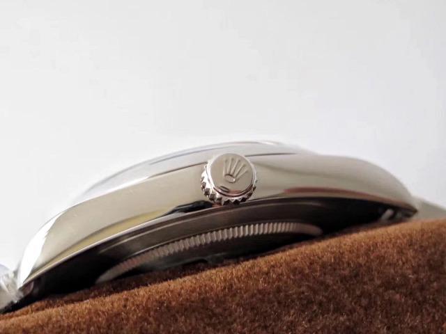 Rolex 114300 Crown