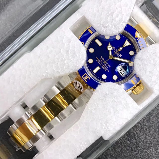 Replica Rolex 116613 in Package