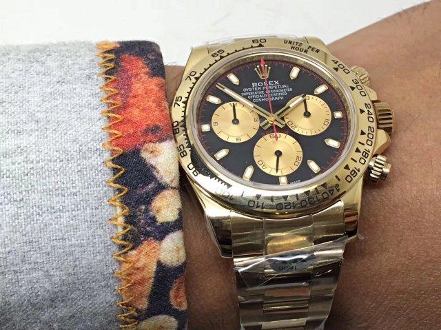 Rolex Daytona Wrist Shot 2
