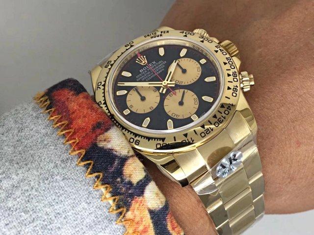 Rolex Daytona Wrist Shot 3