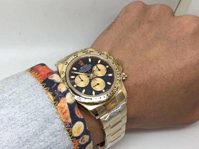 Rolex Daytona Wrist Shot
