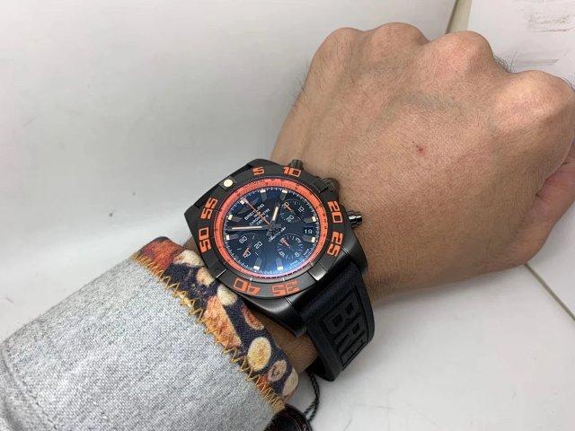 Breitling Raven Wrist Shot