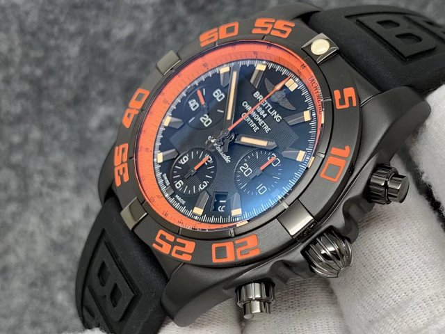 Replica Breitling Chronomat B01 Raven Orange