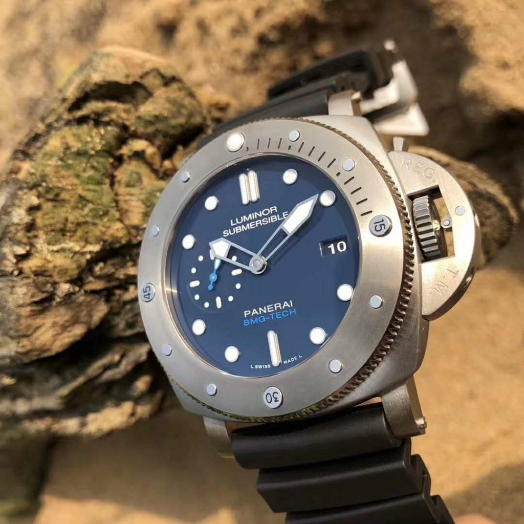Replica Panerai PAM 692 Blue