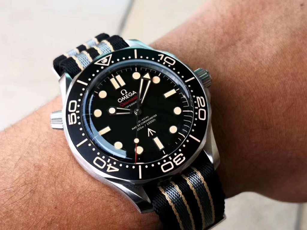VS Factory Seamaster 007 1