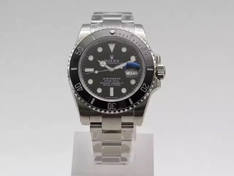 V8 Replica Rolex Submariner Black