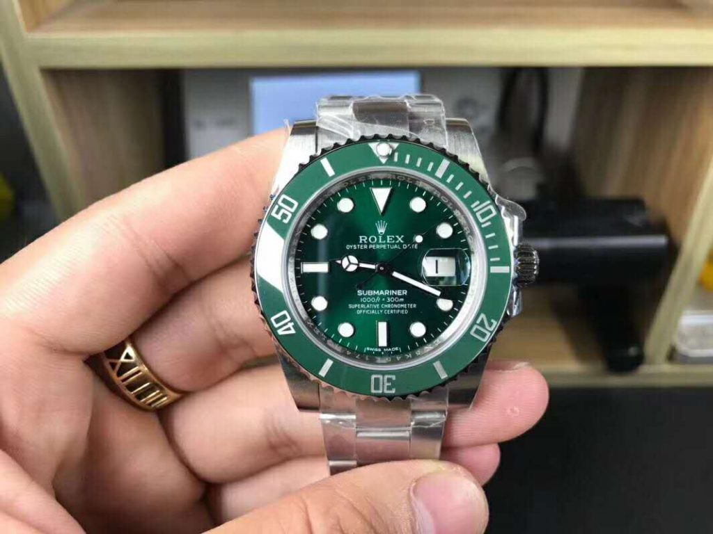 V8 Replica Rolex Submariner Green