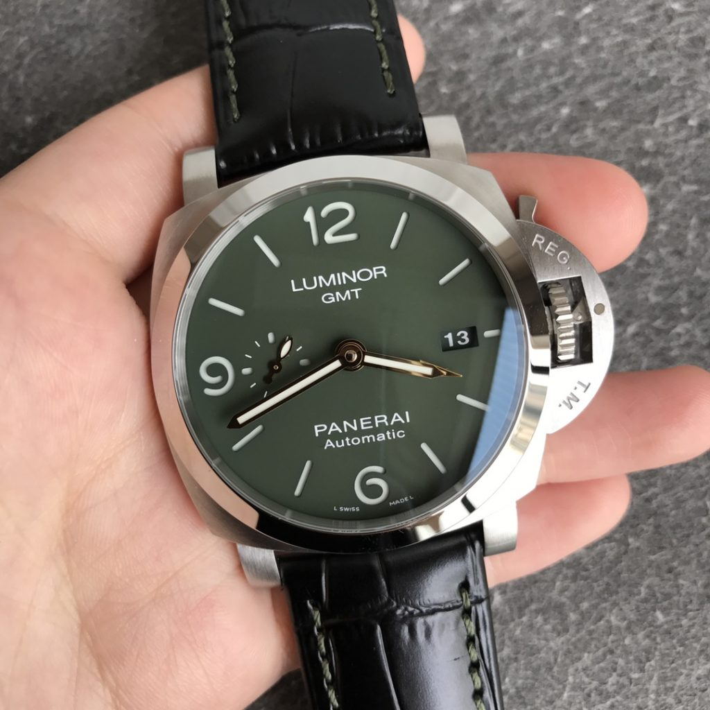 Replica Panerai Luminor GMT M.S. Dhoni