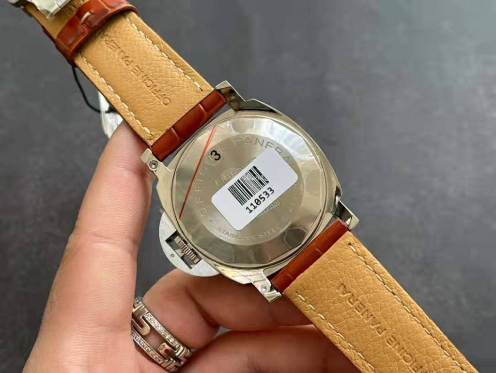 PAM 088 Case Back