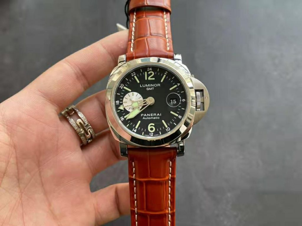 Replica Panerai Luminor GMT PAM 088