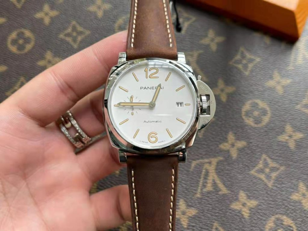 Replica Panerai Luminor Due PAM 1046