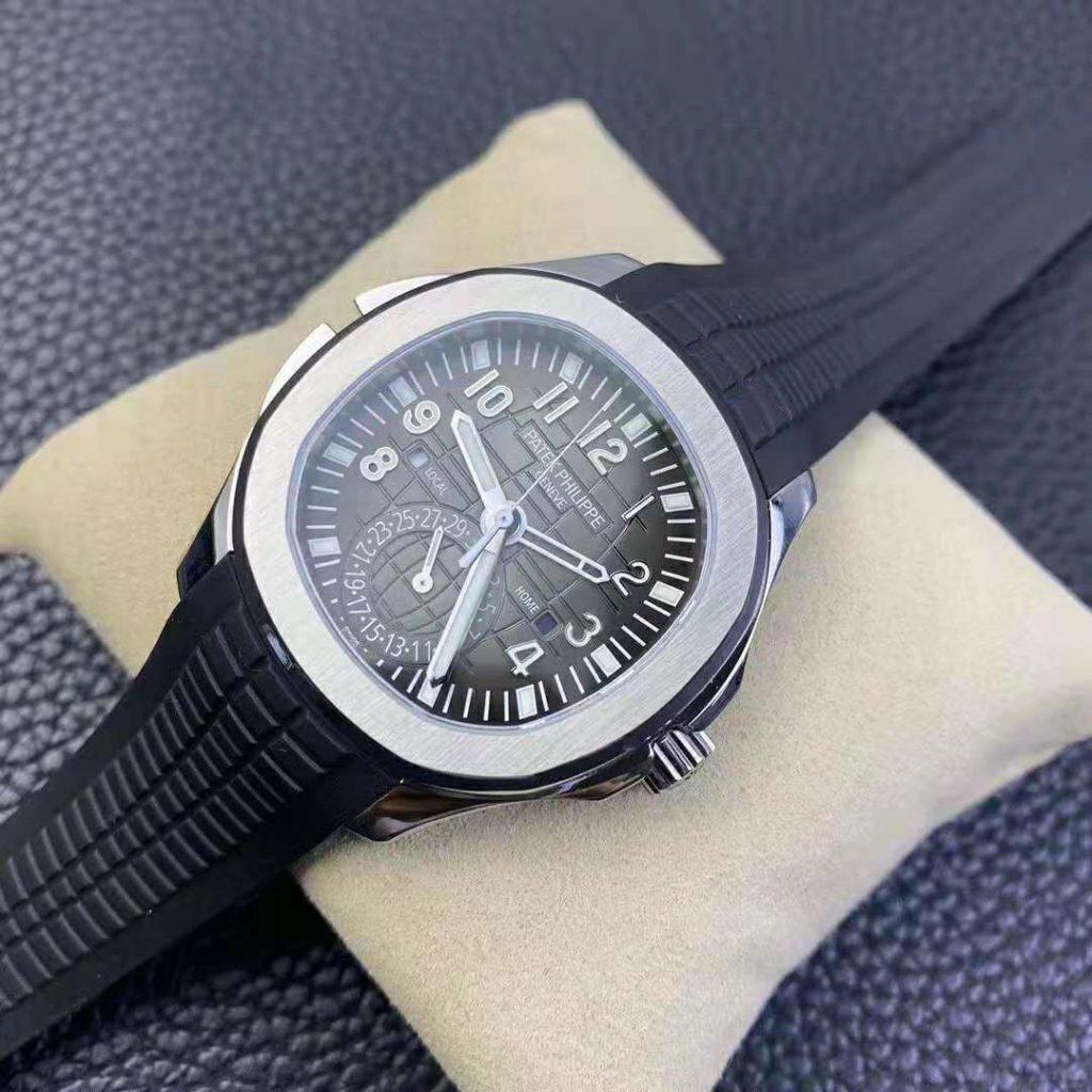 Replica Patek Philippe Aquanaut Travel Time